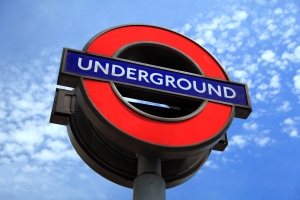 london_underground_sign_190480